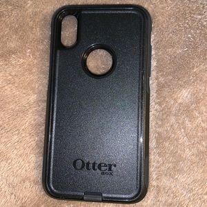 iPhone XR otter box phone case